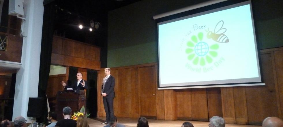 Príhovor Dr. Jim Walsh a Tadej Rupel. (foto: Imriš)