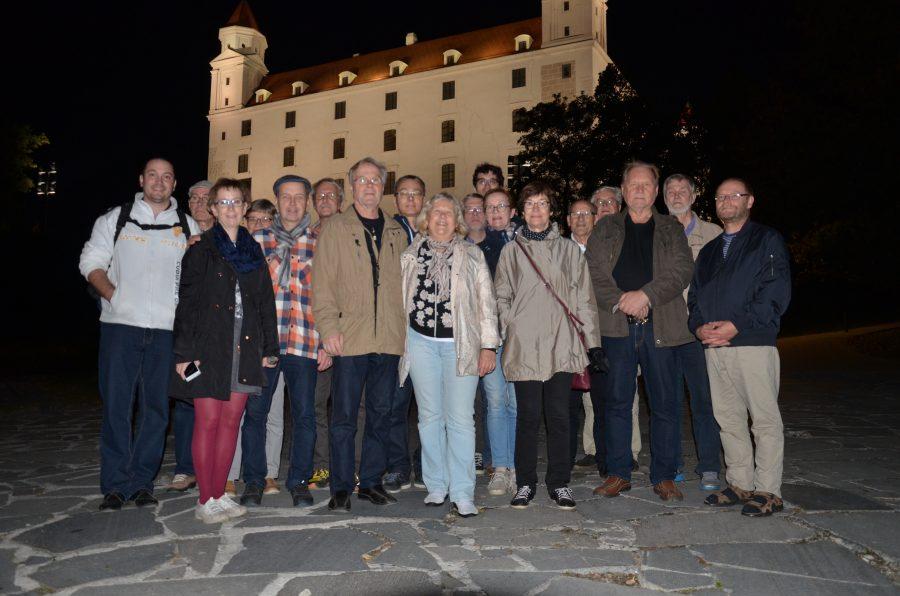 Peter Imriš a Fínski včelári pod Bratislavským hradom